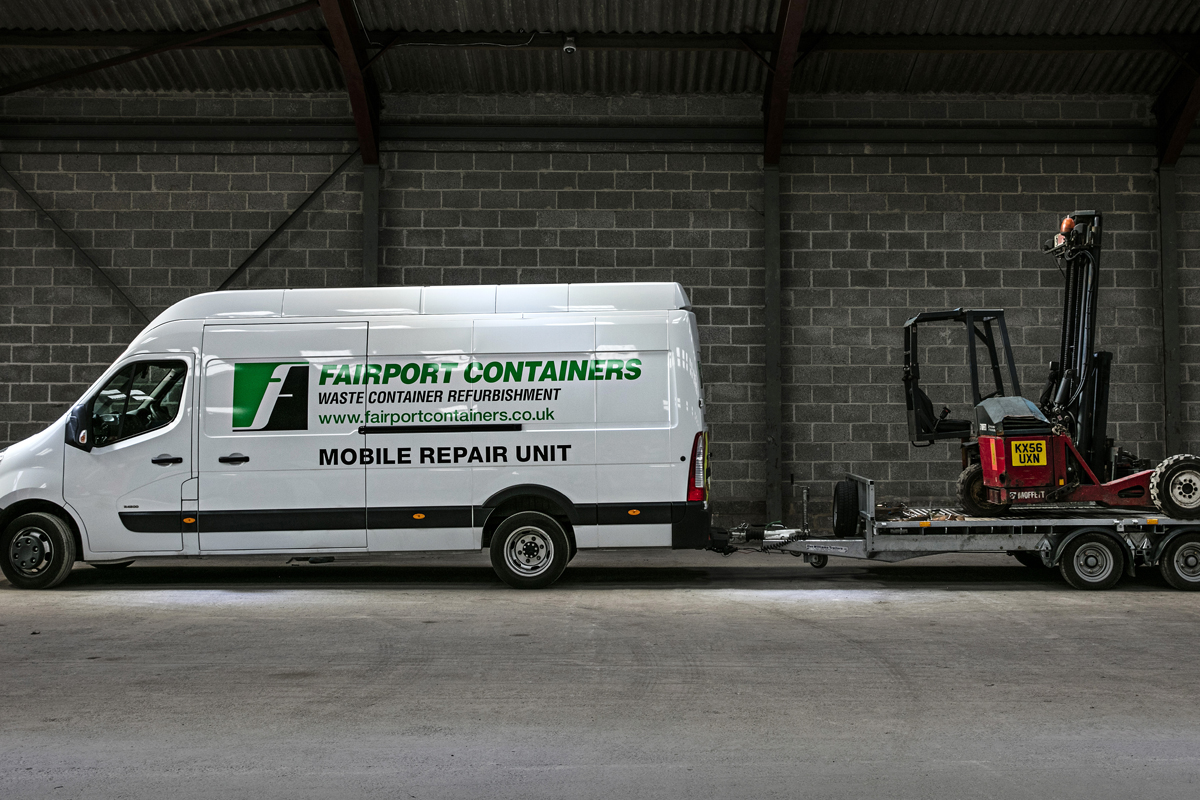Mobile Transit Fully Equiped With Trailer & Forklift